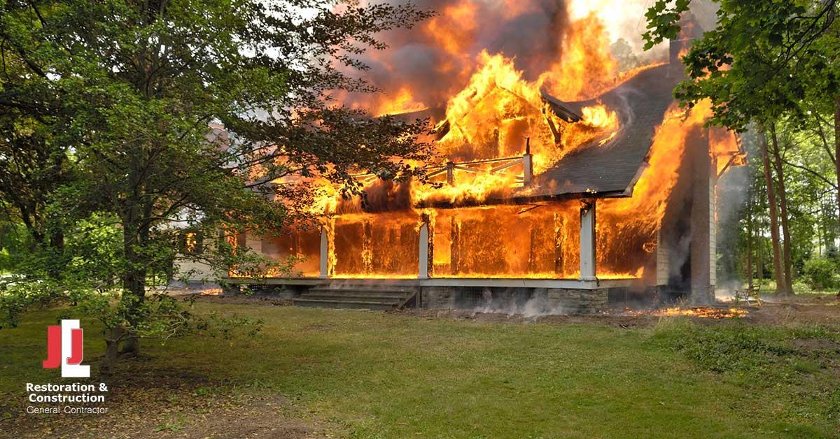 Fire and Smoke Damage Restoration in Fort Lee, VA