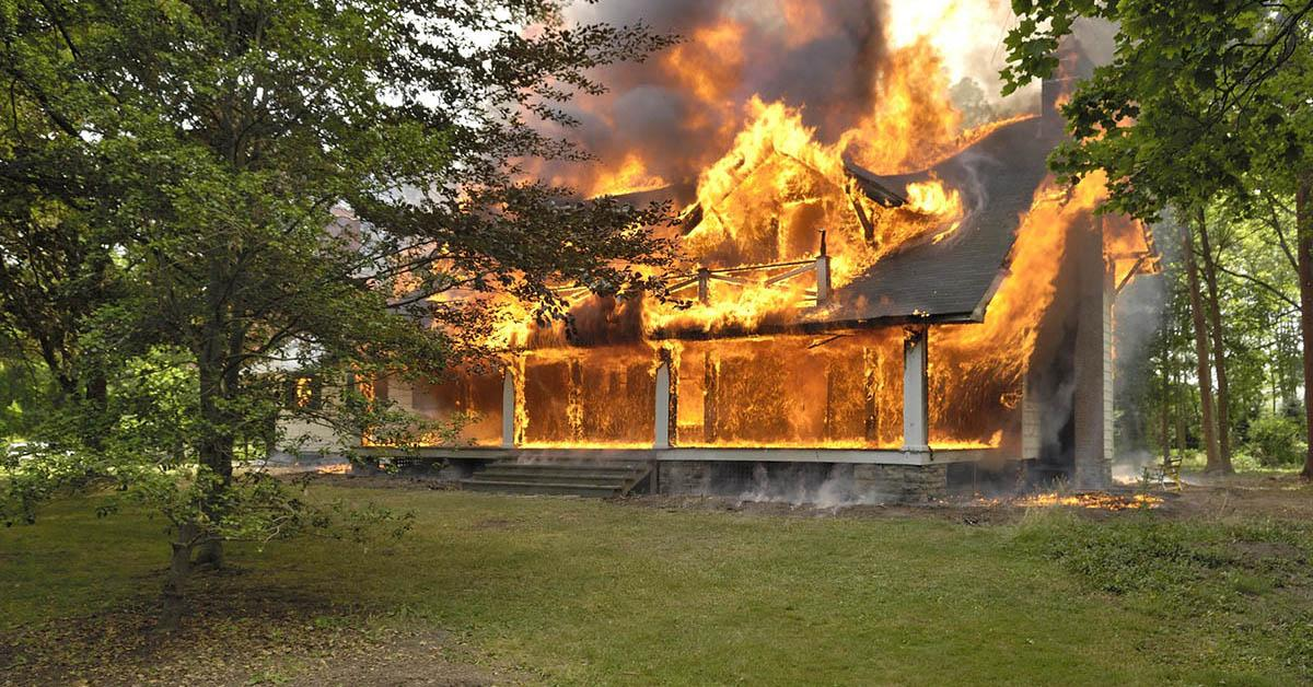 Professional Fire Damage restoration in Sand Point, ID