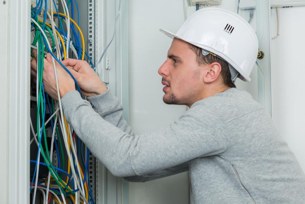 Electrician in Murray, Iowa