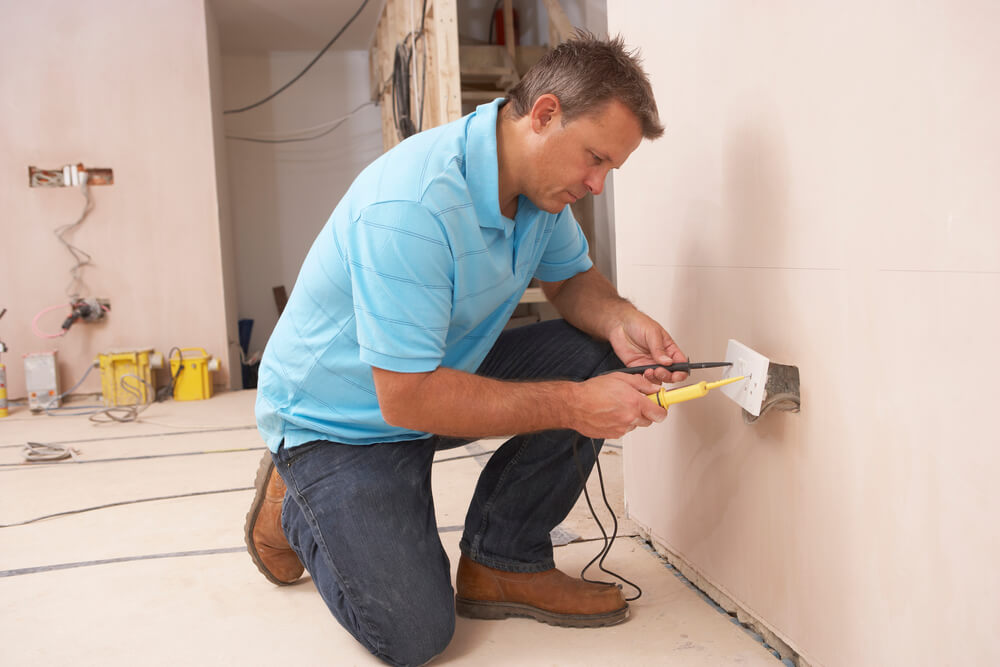 Electrician in Centerville, Iowa