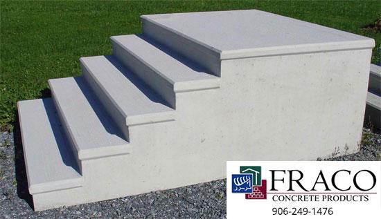 Concrete steps in Harvey, MI